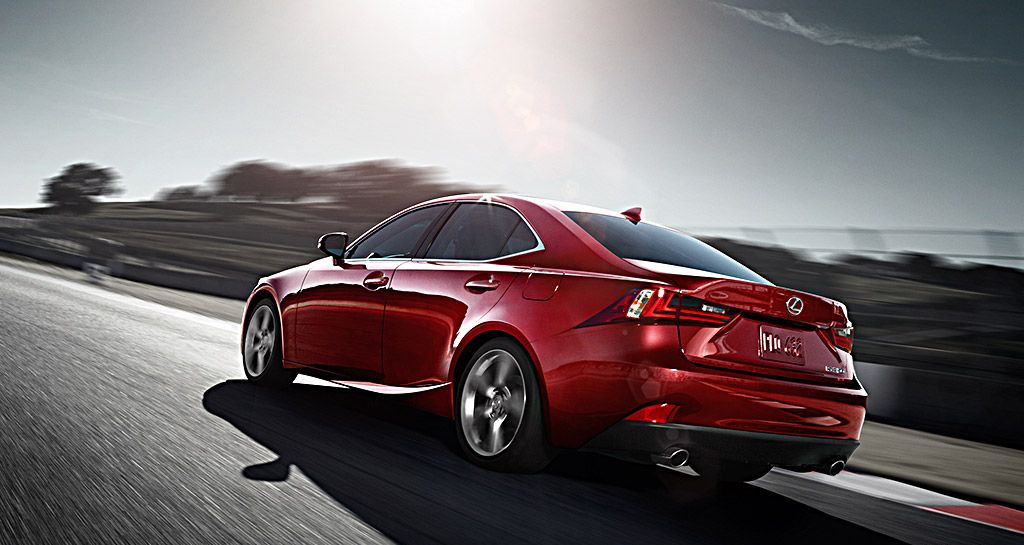 2014_Lexus_IS_250_689961_i0