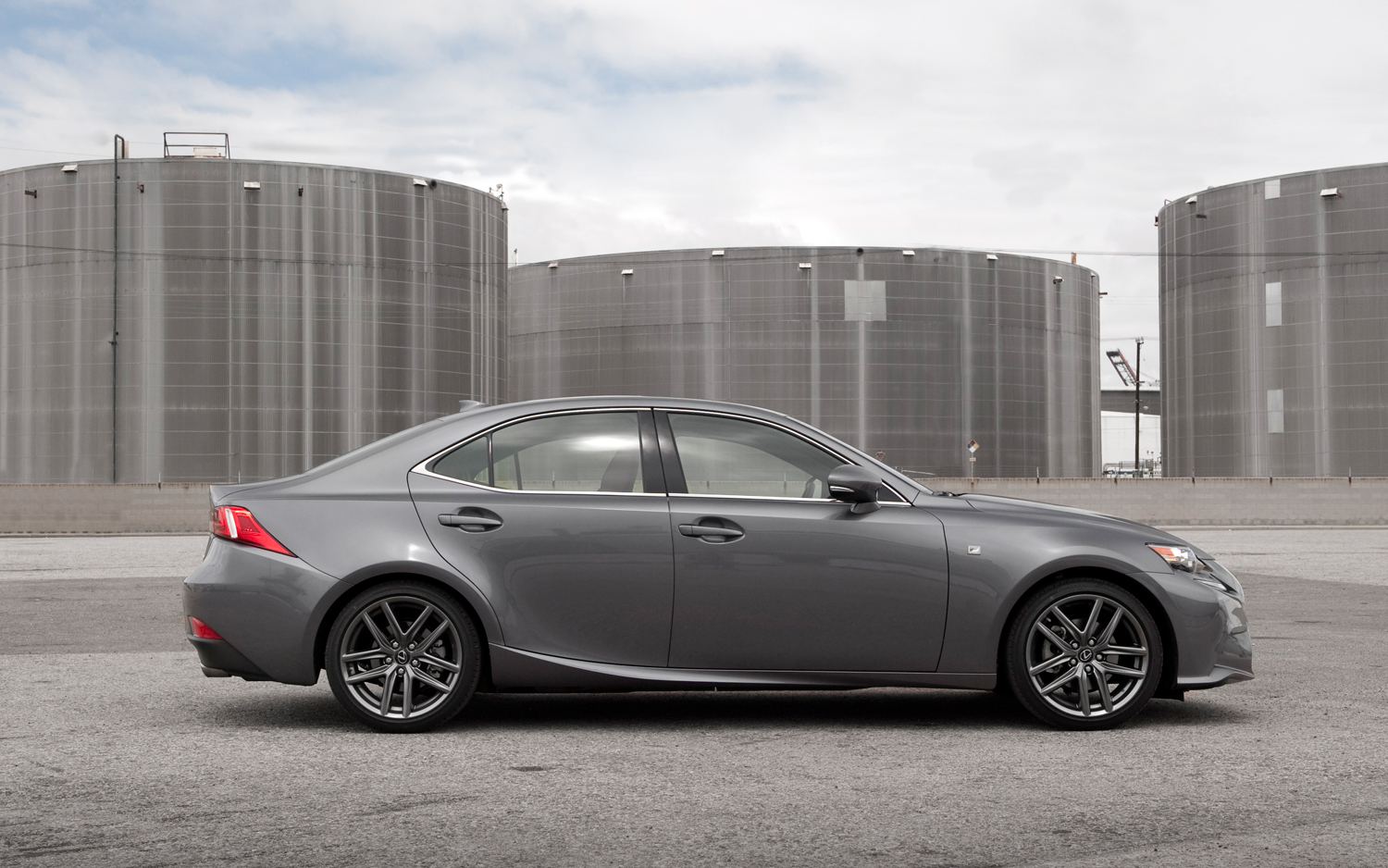 2014-Lexus-IS-250-F-Sport-side