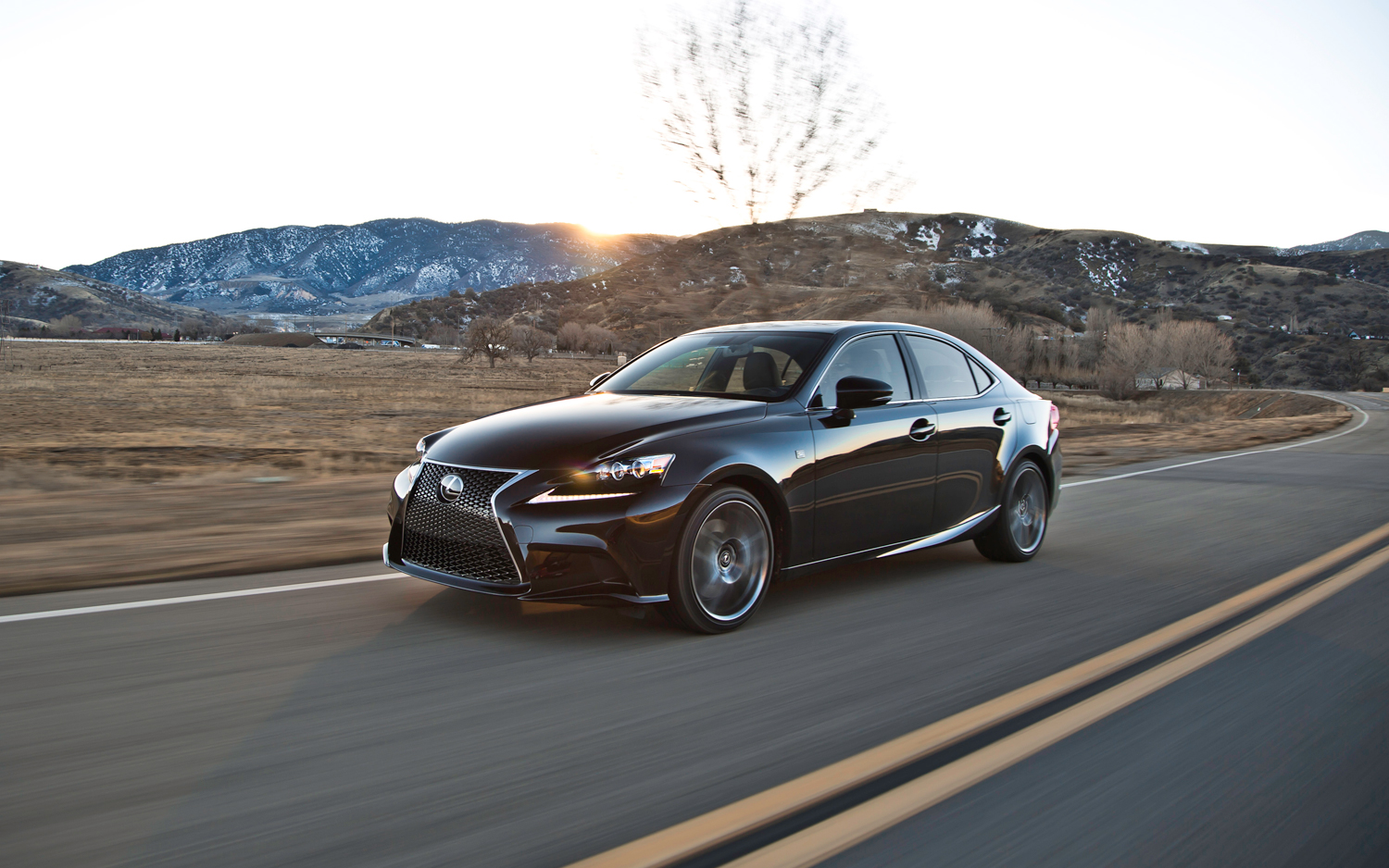 2014-lexus-is-350-sport-front-three-quarters-in-motion